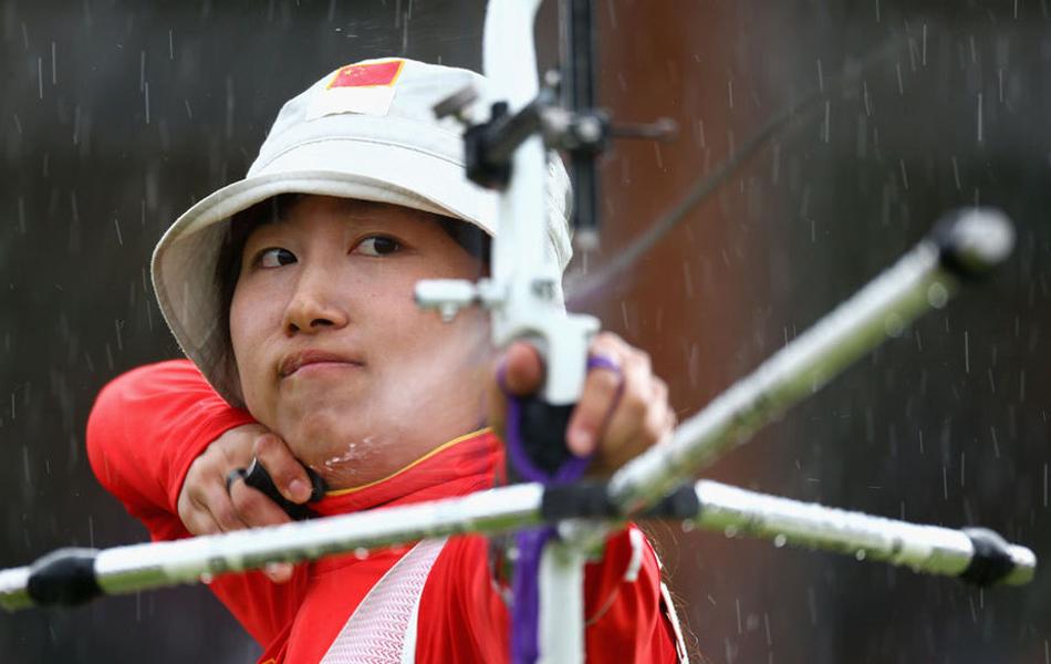 2012年7月30日,在伦敦奥运会女子射箭团体赛决赛争夺战中,中国队以209比210惜败于韩国摘得银牌。韩国女团缔造了奥运会七连冠伟业。