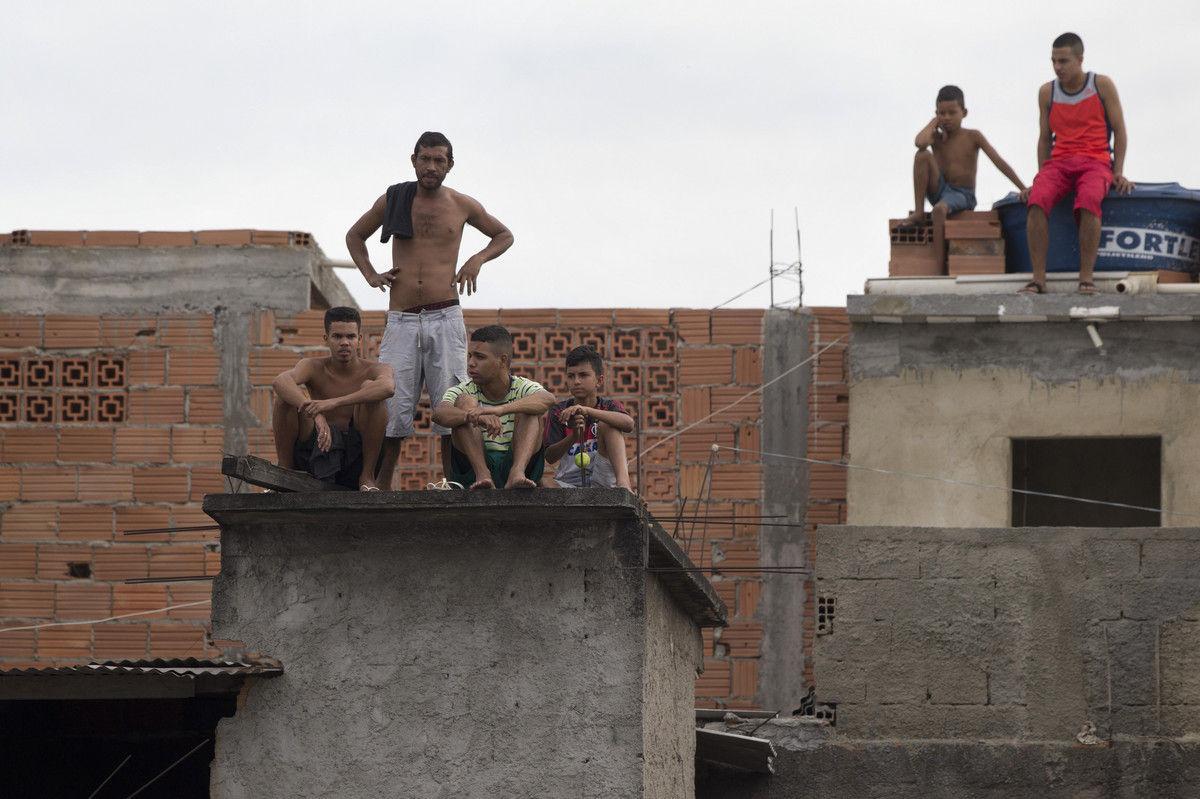 贫民窟里的球迷。