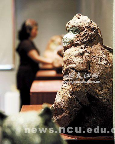 赵坤陶瓷雕塑作品 灵猴
