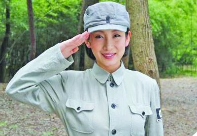 秦海璐/秦海璐在《独立纵队》中饰演女八路。