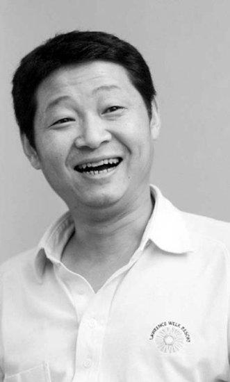 演员赵亮(1 /1张)-新圆月弯刀 象山热拍 赵亮演绎鬼马剑客