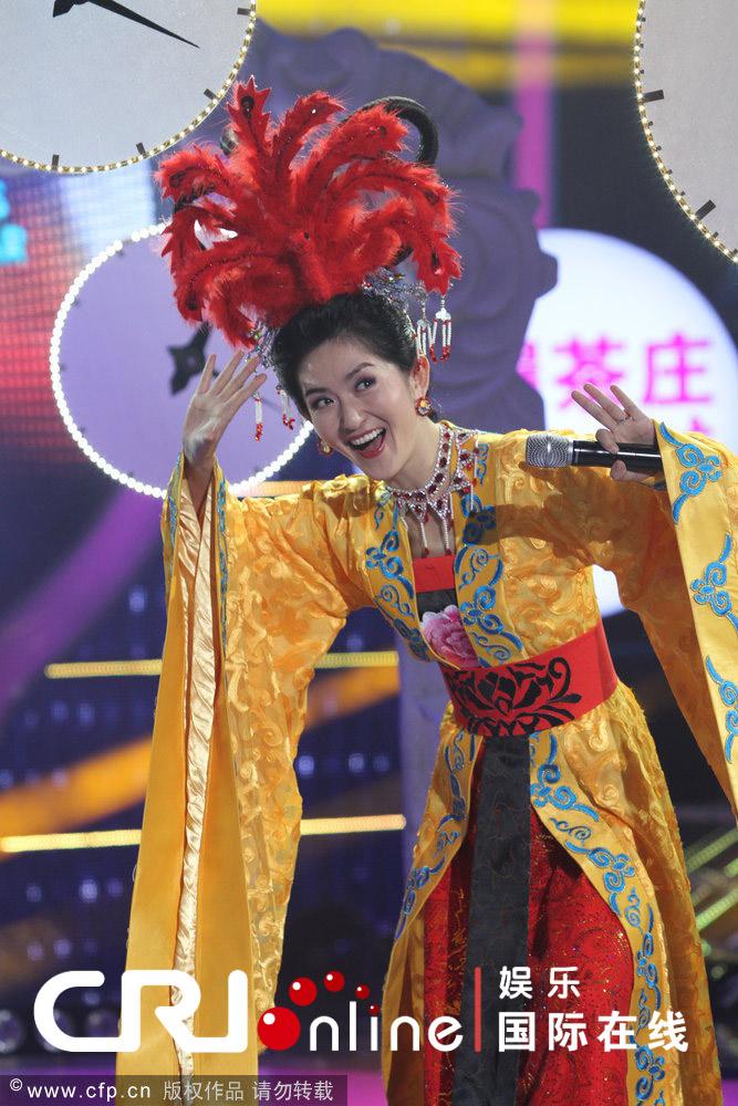 谢娜是谁的女儿_网友称会让人联想起谢娜刘烨女儿取名刘霓娜