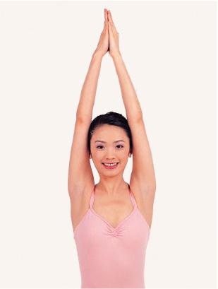 青春瑜伽体位法[组图]