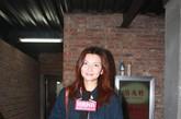 著名模特姜培琳也低调来到秀场为好友助阵。她依旧那么低调,不过即使是素颜+牛仔裤的她,也逃不过摄影机的追踪。
