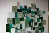 瓷砖爬上墙已经很寻常了,但是像这般别出心裁的设置却不多见。各种色块、花样的仿古砖拼贴到墙面上,作为主体背景墙十分突出。喜欢不一般设计的小朋友们,这样的家居设计不妨学一学。