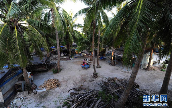 这是2012年5月6日拍摄的西沙永兴岛上的渔村。