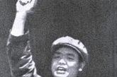 于会泳(1920-1977.8.28)文化部部长。十届中央委员。上海音乐学院民族音乐理论系教师,因参与创作现代京剧《智取威虎山》等,被江青、张春桥赏识调至北京,在国务院文化组工作,后任文化部部长。1976年10月被隔离审查,1977年8月28日服来苏尔自杀,3天后抢救无效死亡。终年52岁。