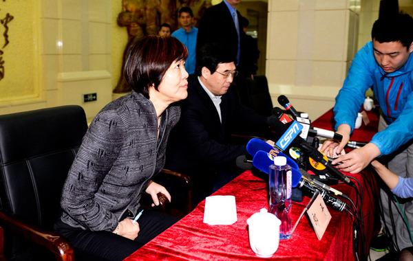 郎平表示 时隔十四年再次担任中国女排主教练感觉光荣,中国高清图片