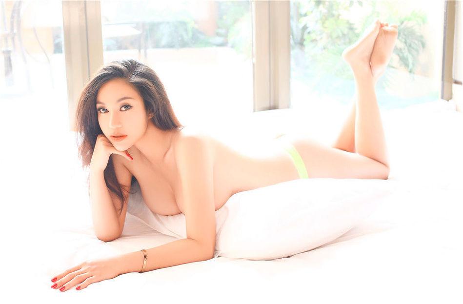 苏梓玲 红高粱 自曝胸部长大 正宗H奶身材引宅男口水图片