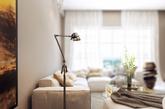 寒冷的冬日里,在家里布置一些暖色调的装饰能瞬间让整个空间变得温暖起来。冬日暖阳,快来看看能人巧手如何布置自己的温暖家吧。(实习编辑李丹)