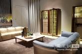 """Giorgetti,意大利最昂贵的家具品牌,产品以全案设计为主导。自2009年后Giorgetti产品及展示最强劲的一年.在中国喜欢现代风格的髙端客户群体命中率最高的品牌,上帝存在于细节,Giorgetti的木、皮丶铜做工相当精细,意大利工业与手工艺完美结合的典范。一个以爱玛仕做皮包的态度去做家具实在难得。订制感与简约奢华揉在其中,在Giorgetti的眼中似乎永远都在秉承""""品质大于个性""""的理念!"""