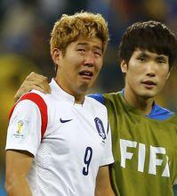 韩国被绝杀回家孙兴民当场泪奔