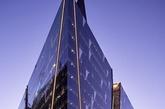 墨尔本伯克街的澳大利亚国家银行,由伍兹-巴格特设计公司设计。(实习编辑:温存)