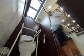 """2012年8月9日,一座外观""""仿古""""式五星级厕所亮相江苏扬州东关历史文化旅游区。(实习编辑:温存)"""