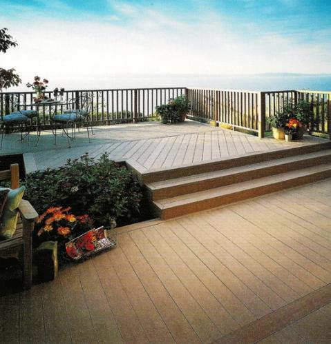 脚踏实地仰望星空 木地板为室外阳台增添自然气息