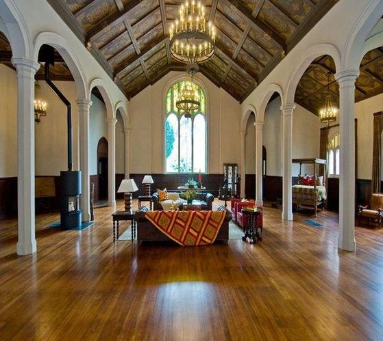新古典主义居家客厅设计  哥特暗潮符号化