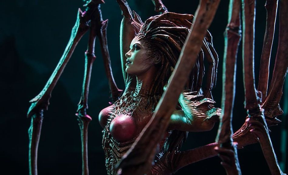 星际2 推刀锋女王大尺寸雕塑 售价2330元图片