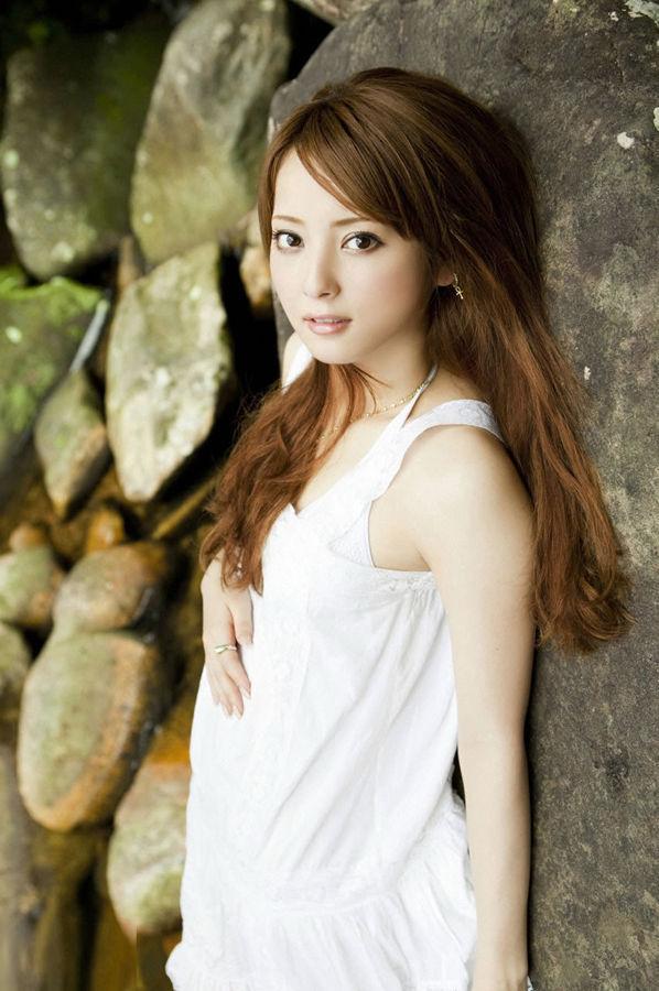 最美丽面孔日本美女清纯写真 竖