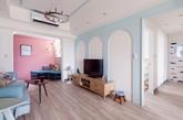 虽然宽敞舒适的生活环境是每个人的追求,但是房子不那么大的时候,也还是可以将空间最大化利用,并且打造出精致创意的生活空间。今天小编带领大家一起欣赏两居室的公寓设计,麻雀虽小,五脏俱全哦。(实习编辑:周芝)