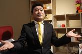左右家私副总裁谭毅在发布会后接受媒体采访,阐述开发多定制系列的背景。