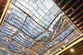 顶棚结构一直延伸到流线区域,为该市场整体提供了一个延续的屋顶(实习编辑:刘嘉炜)