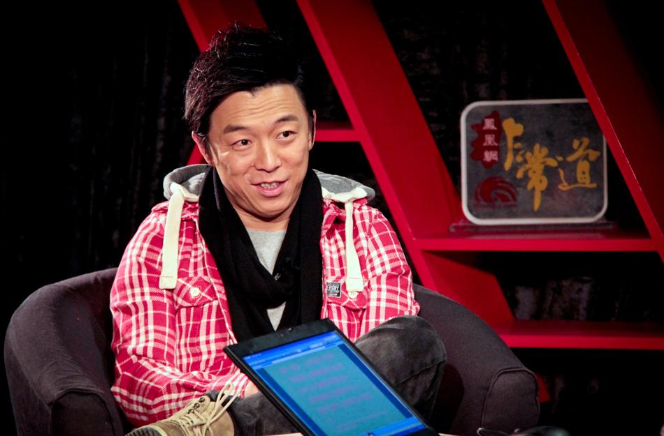 2013年初,《泰囧》突破12亿票房,主演黄渤做客《凤凰网·非常道》,谈小角色背后的大欢乐。