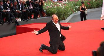 直击2014威尼斯电影节闭幕红毯