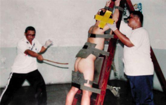 新加坡鞭刑探秘之旅