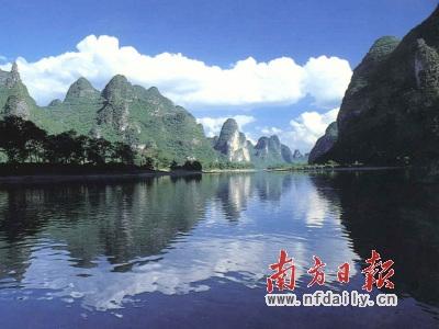 ◎桂林:游漓江莫上无照竹排