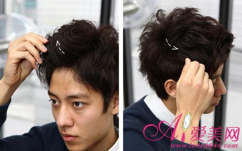 美容秀造型语>发丝第七步:给头发的全方位抹上少量短发,让发蜡韩式自制卷发正文图片