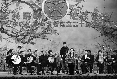 11月24日,中国京剧艺术基金会成立二十周年名家名师专场汇报线上英皇娱乐场在北京梅兰芳大剧院举办。本报记者 喻非卿 摄