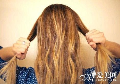 发型新花样 利用头发做出别致造型