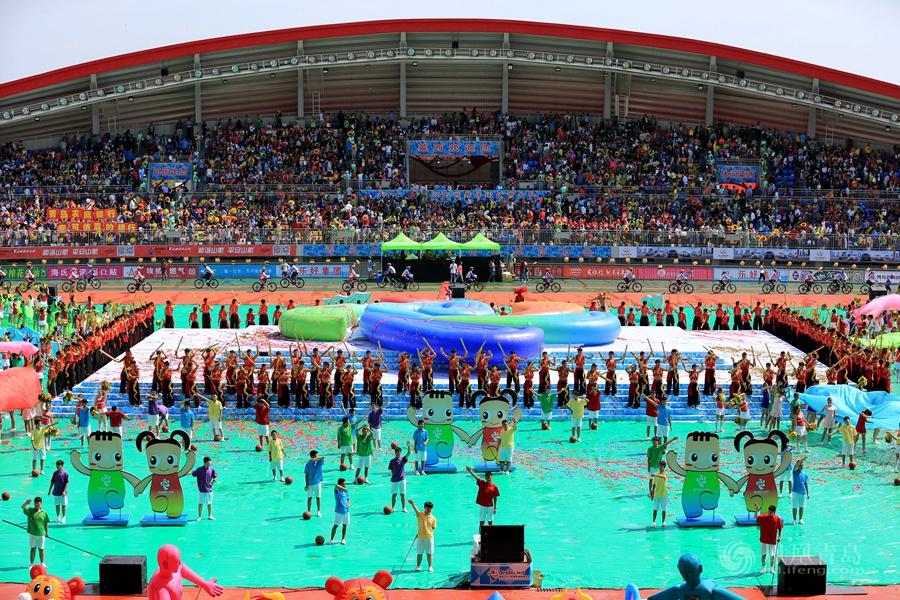 青岛2015世界休闲体育大会今日开幕 2400人舞