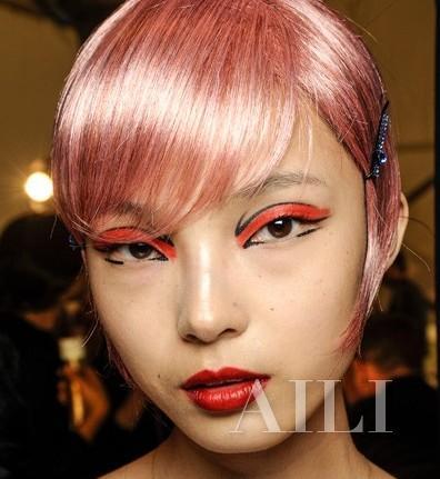 【爱美】9个妆容亮点 美妆心机重细节