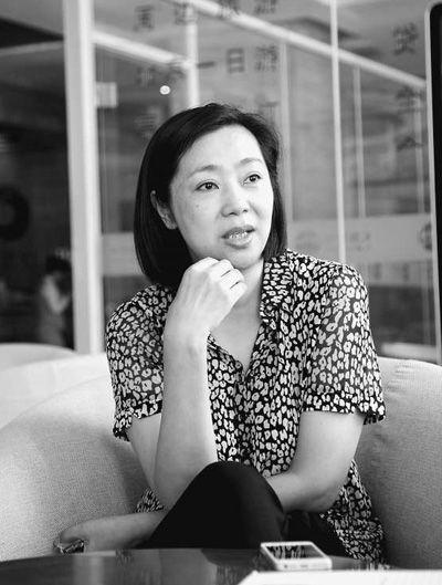 日前,梁艳接受本报记者采访。本报记者李长云摄
