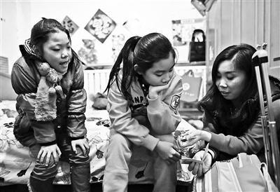 在京务工人员子女在衡水上学每月靠火车往返