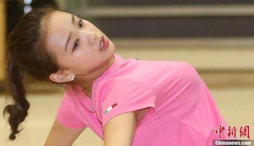 韩体坛新女神玩遍艺体保龄球 人气超孙妍在 - 寒雪 - 寒雪·欢迎您!