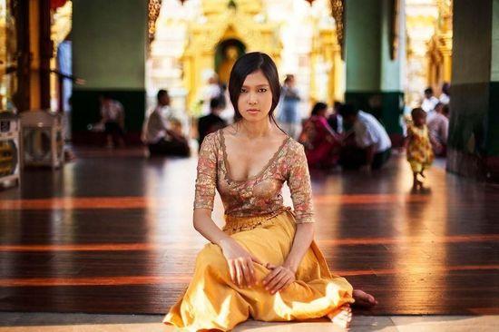 之中,许是因为佛的教化,一种由心而生的淡然是她最迷人的地方.-