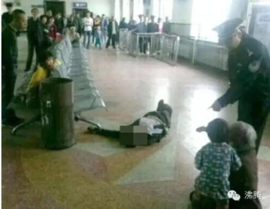 """媒体追问黑龙江庆安枪案是否因违法""""截访""""引发"""