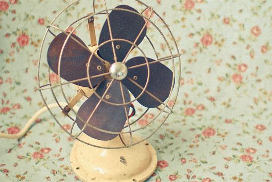 炎夏蜗居找清凉 关于空调省电的二三事