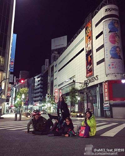 [明星爆料]张惠妹惊变美人鱼 整个日本马路都是舞台