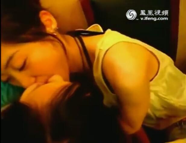 通常接吻可以有效的放松人的神经系统