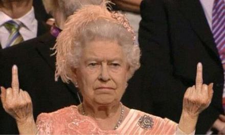 英国女王鄙视!