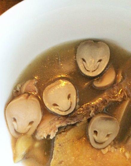 麻麻今天的汤我可以不喝吗……