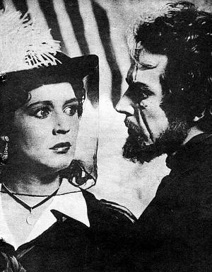 1955年版苏联电影《牛虻》剧照:牛虻和琼玛