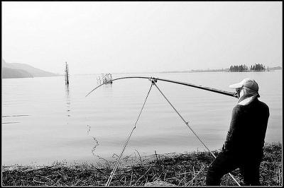 海杆鱼钩鱼线鱼漂组装图解