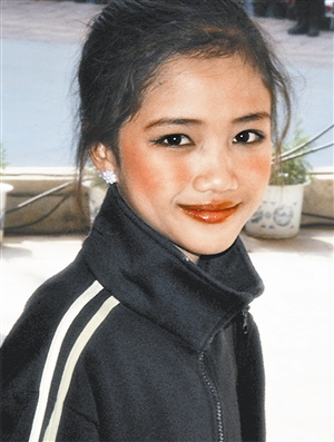老挝女孩 酷似舒淇