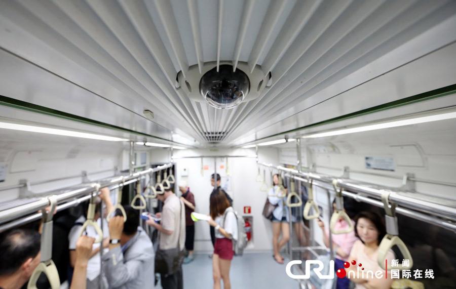 韩国地铁列车安装监控摄像头(高清组图)