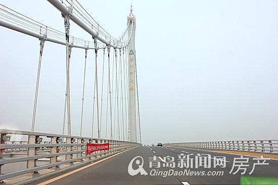 据了解,整个海湾大桥工程包括沧口,红岛和大沽河航道桥,海上非通航孔