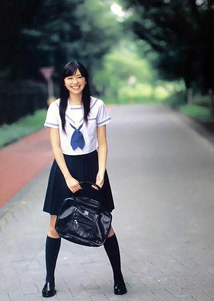 揭秘:日本女生水手是情趣服师干什么都校服v女生图片